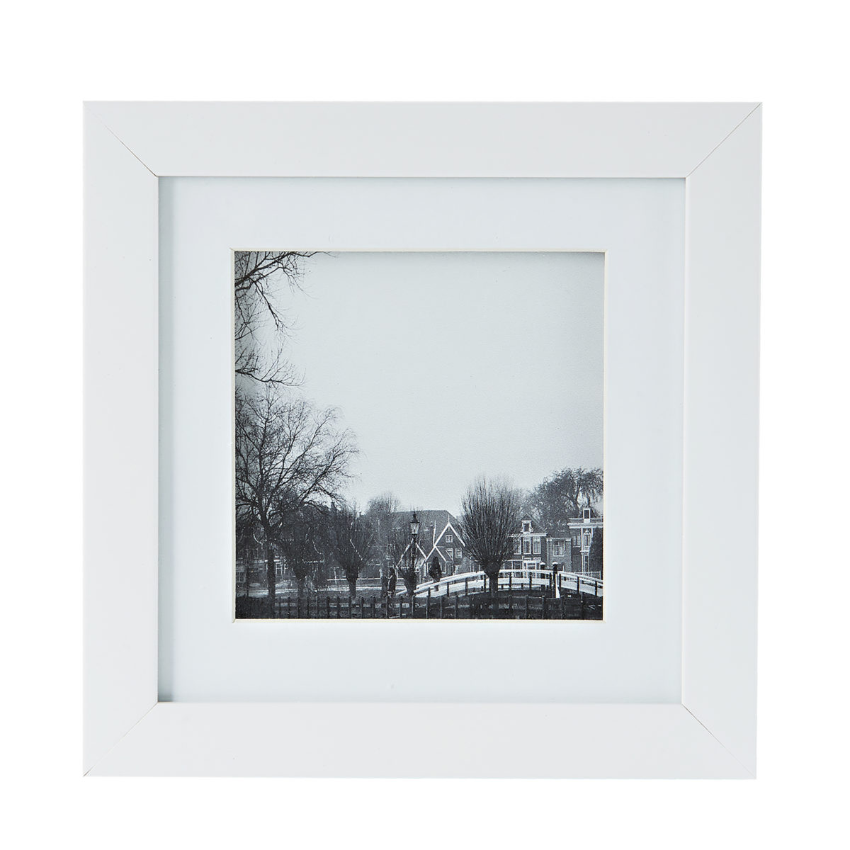 Black and White Picture Frames 4