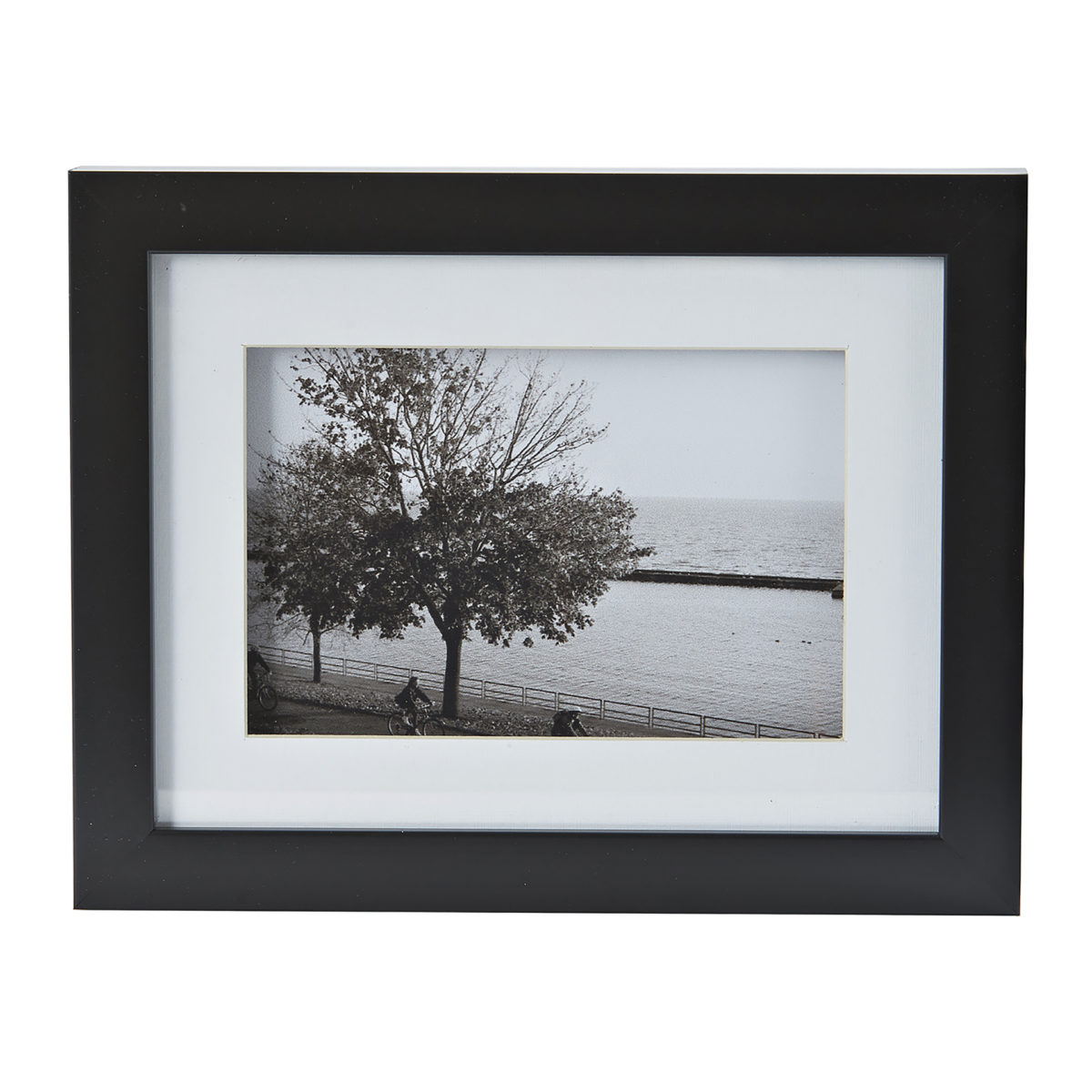 Black and White Picture Frames 3