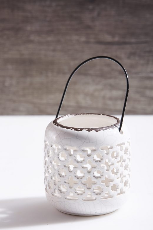 Cutout Lanterns with Handle 2