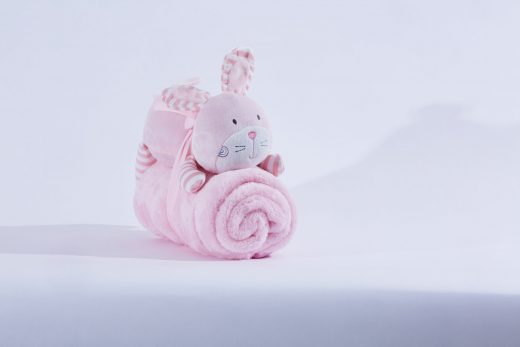 Fleece Blanket with Soft Toy 2