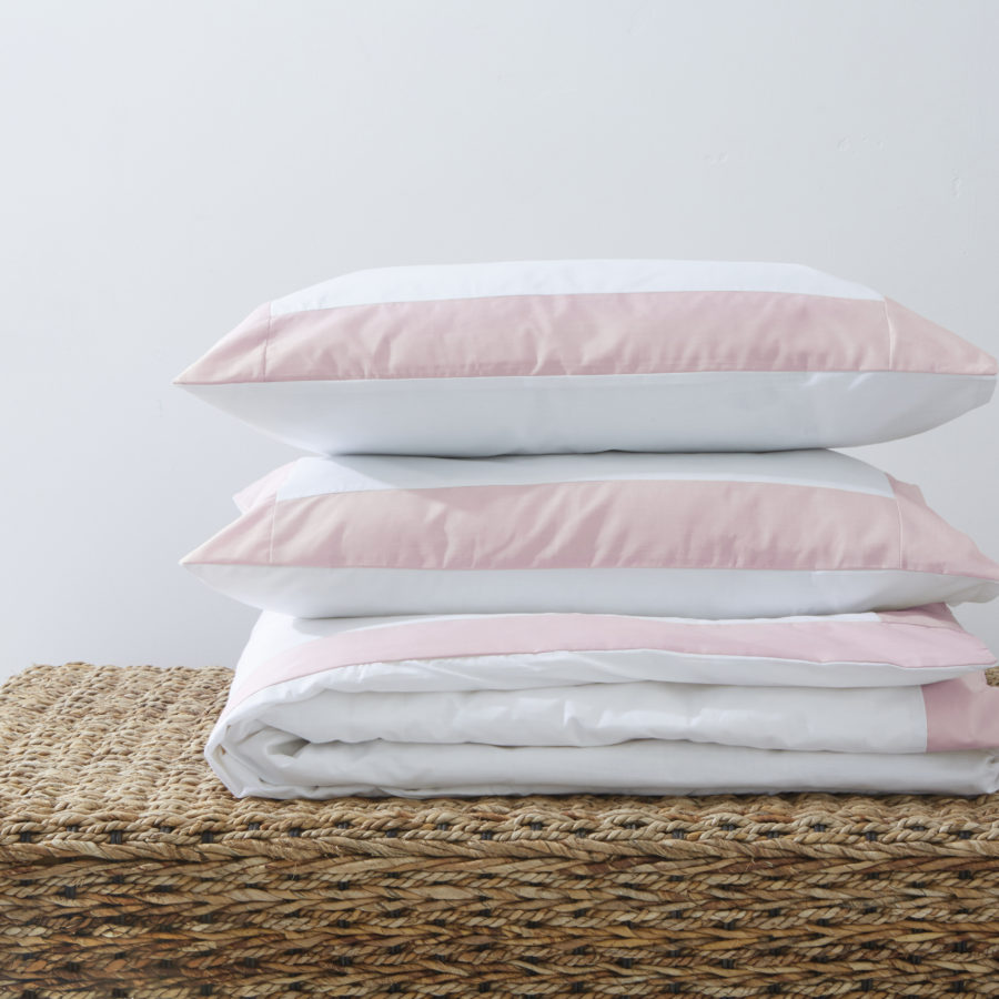 200 Thread Count Polycotton Duvet Cover with Colour Border Pink 1